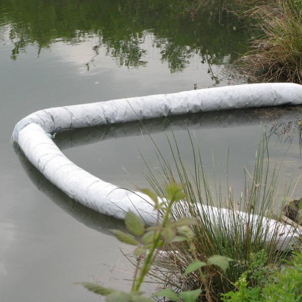Barrage absorbant en Liège pour absorption des hydrocarbures