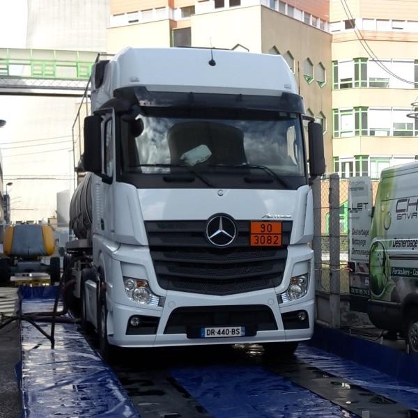 Bande de roulement pour camion